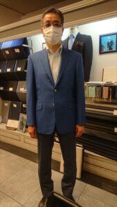 ライトブルーのメッシュジャケット